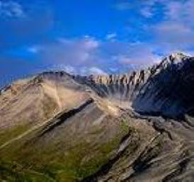 mount wrangell is a stunning volcano in Alaska